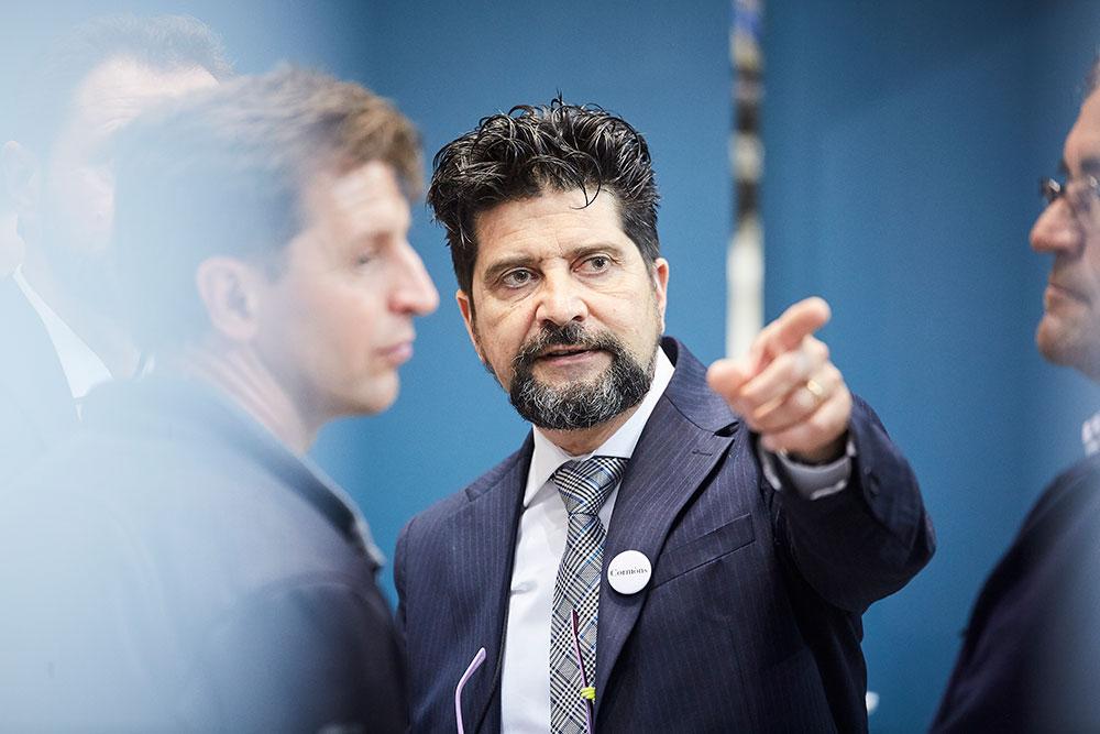 Andrea Russo consulente aziendale prepara l'azienda al miglioramento